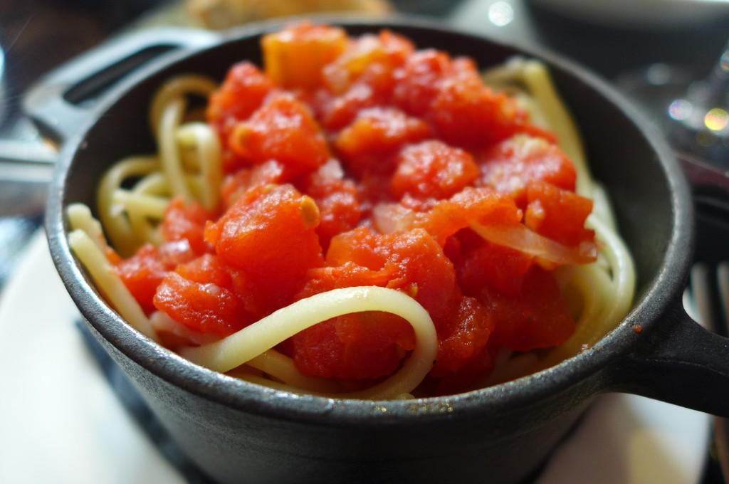 Linguine à la tomate © GP