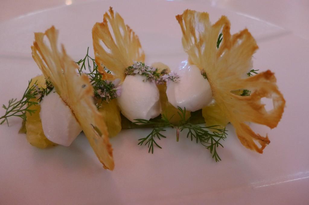 Ananas, coriandre et sorbet coco © GP