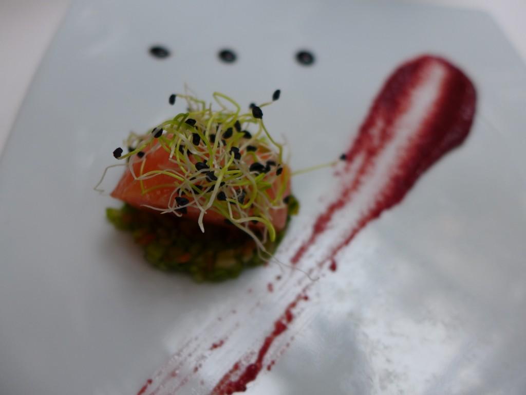 Coeur de saumon mariné et betterave © GP