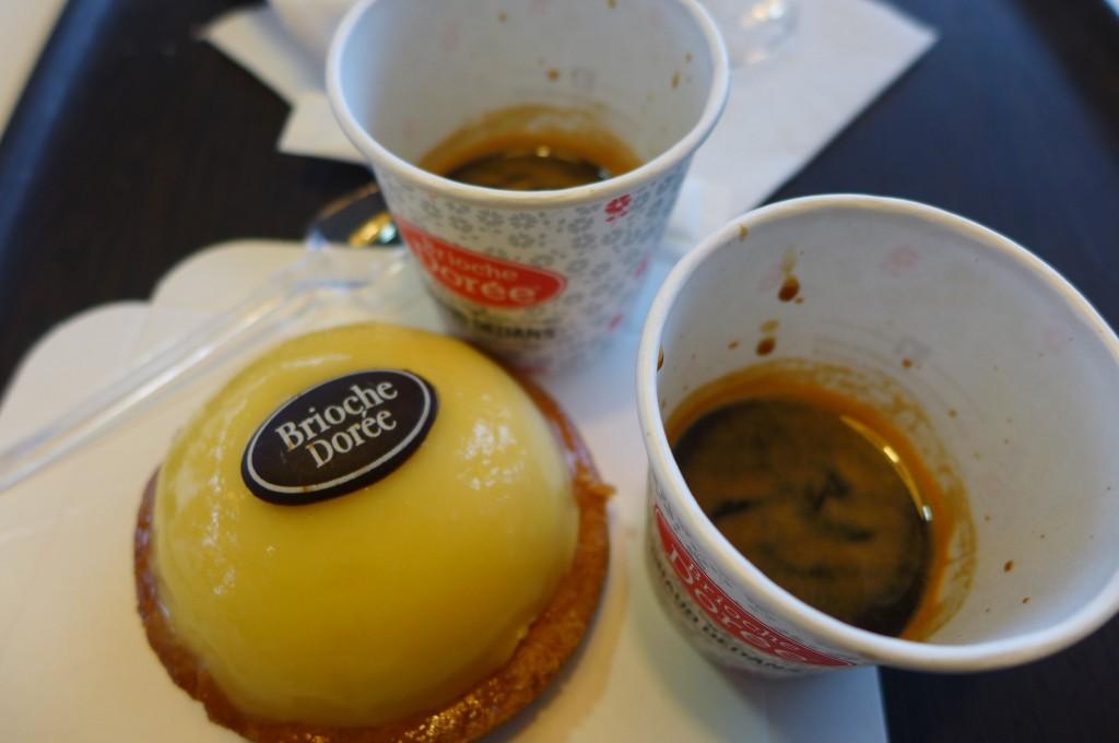 Tarte citron et cafés © GP