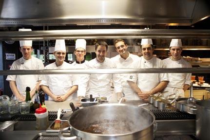 Philippe Mille et son équipe © Maurice Rougemont