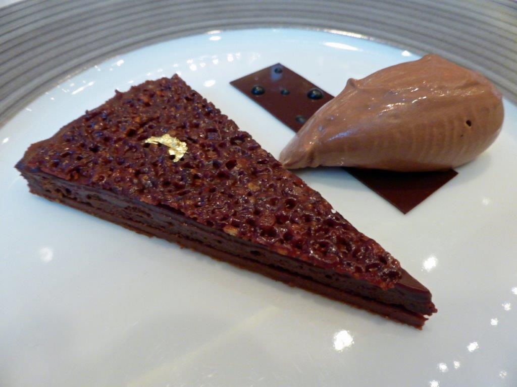 Sablé cacao, nougatine © AA
