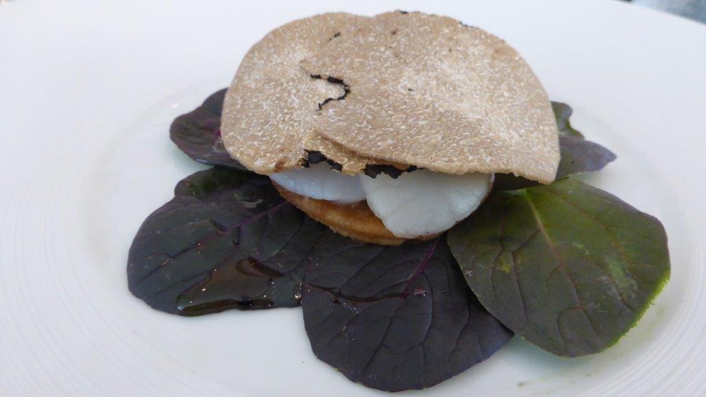 Tartelette de st-jacques, truffe blanche © AA