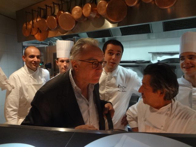 Adrien Trouilloud entre Alain Ducasse et Jacques Maximin © GP