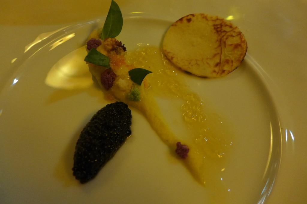 Caviar, choux fleur, safran © GP