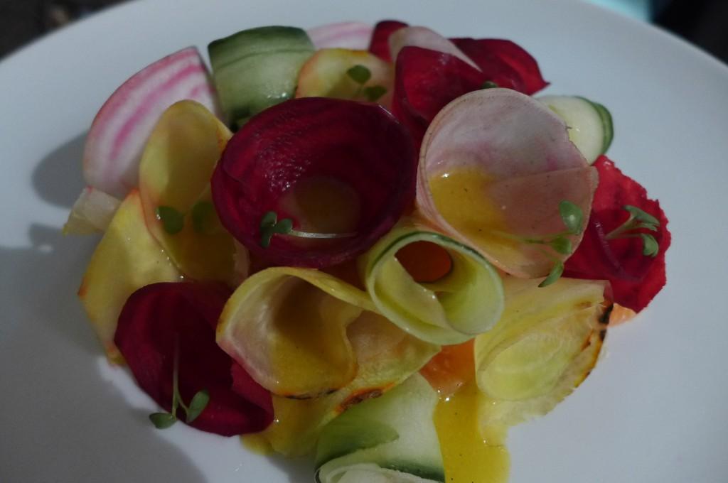 Saumon mariné aux légumes croquants © GP