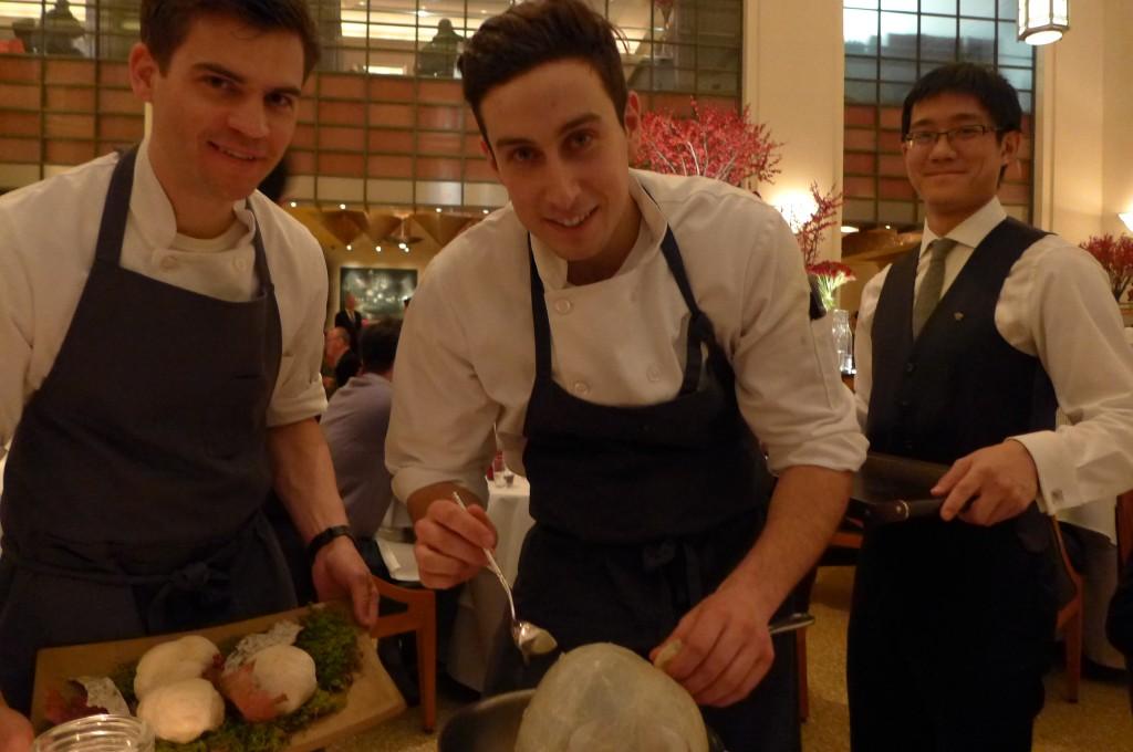 Les cuisiniers en salle © GP