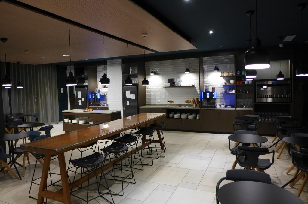 Salon et cuisine © GP