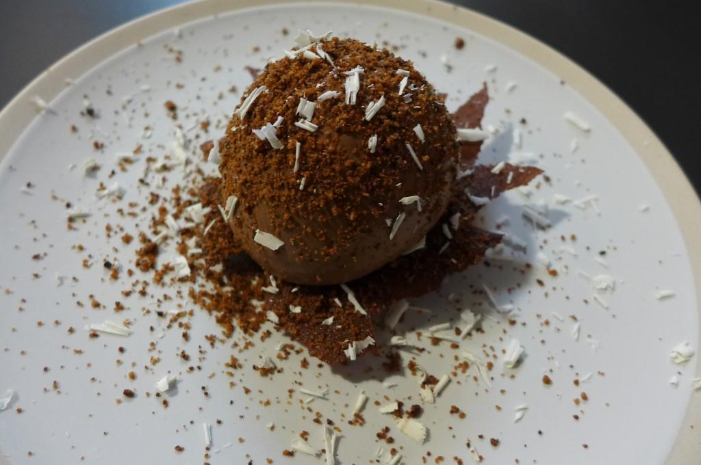 Chocolat et glace aux épices © GP