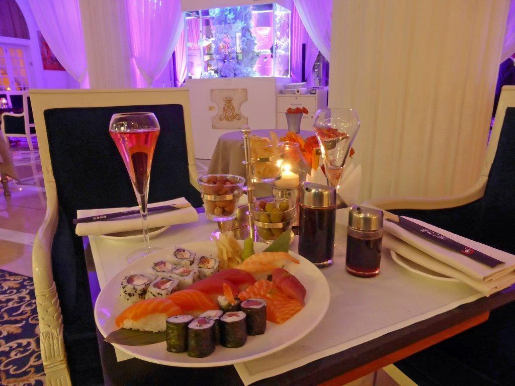 Sushis au lounge © AA