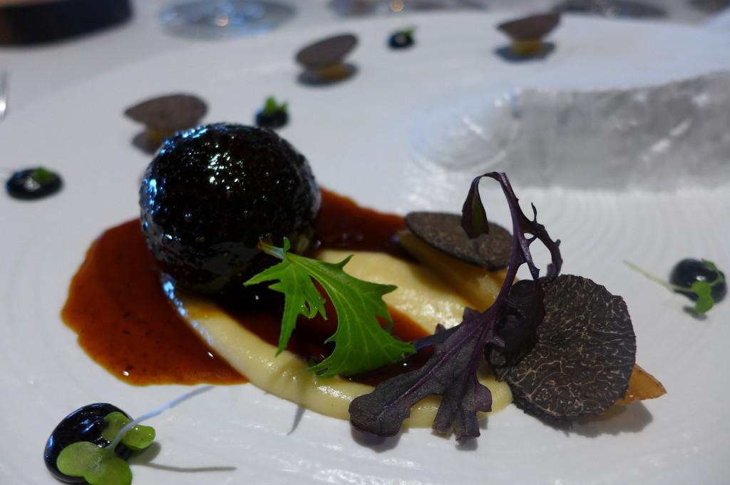 Ris de veau en croûte de truffe © GP