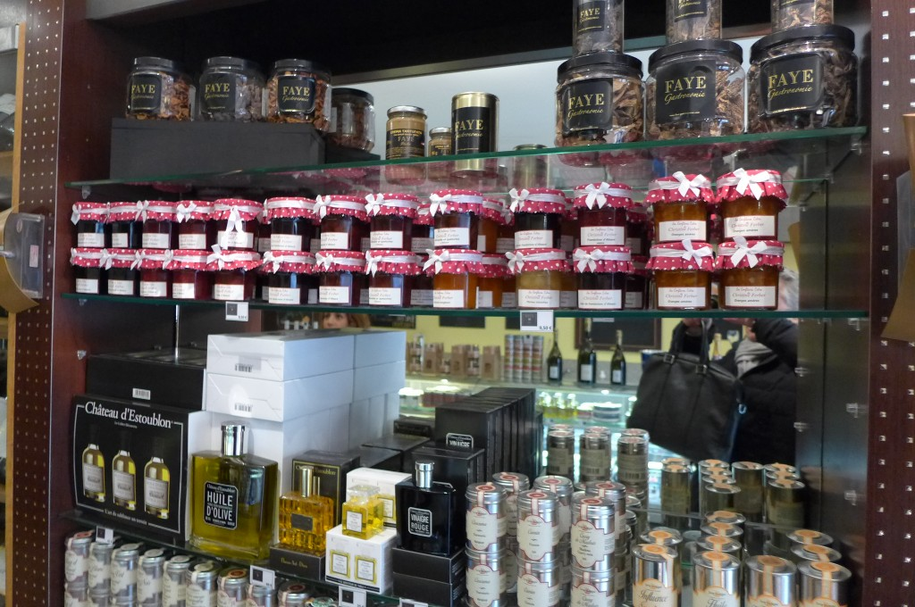 Confitures et huiles d'olive © GP
