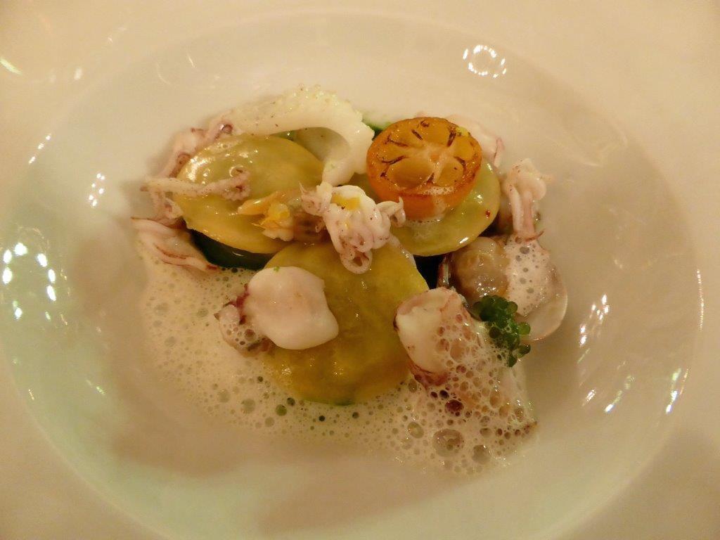 Ravioli de calamars, coquillages et crustacés © AA