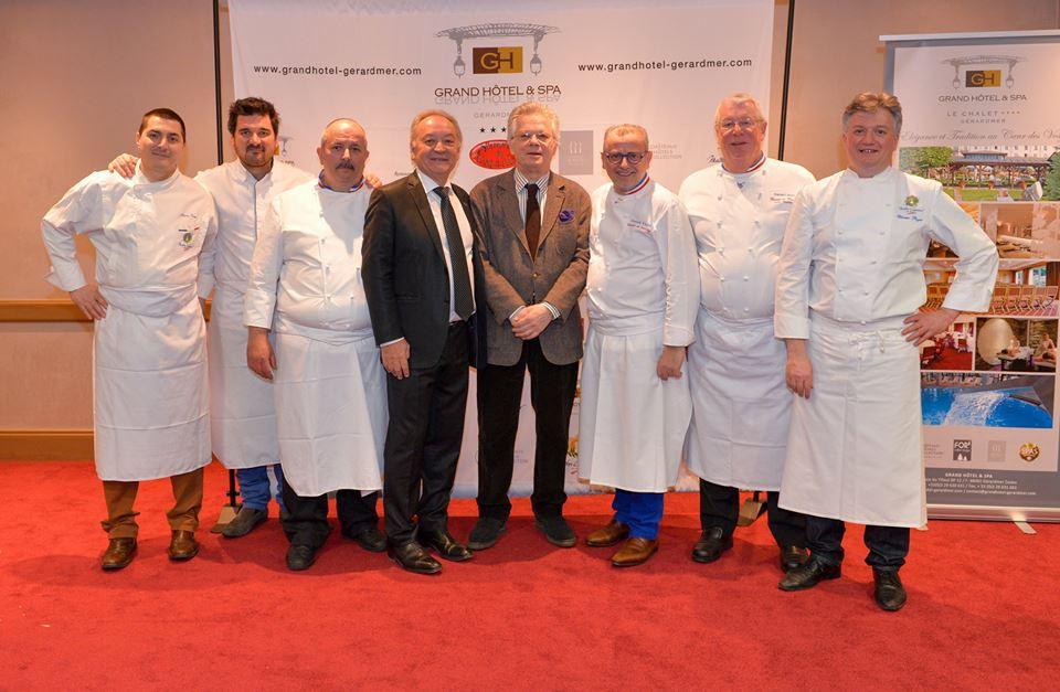 GP, avec Claude Remy et les chefs © DR