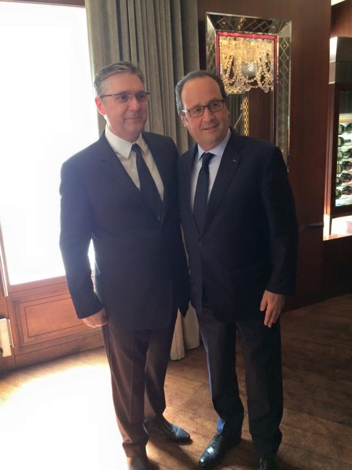 Massimo Mori et François Hollande © DR