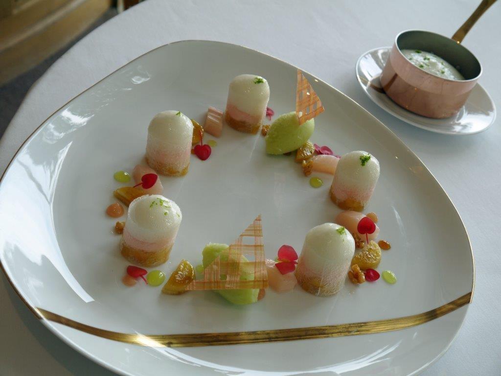 Autour de la rhubarbe et de la pomme verte ©AA