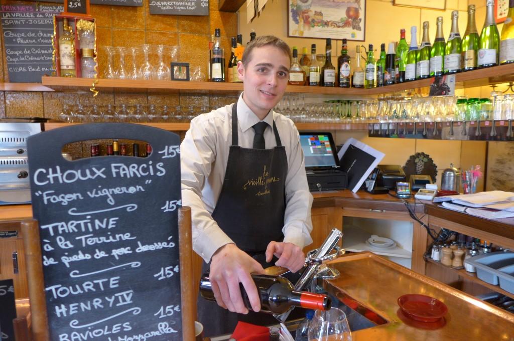 Le service au bar ©GP