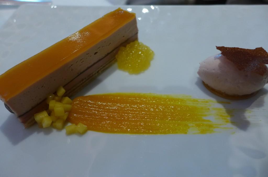 Pavé de foie gras, mangue et passion © GP