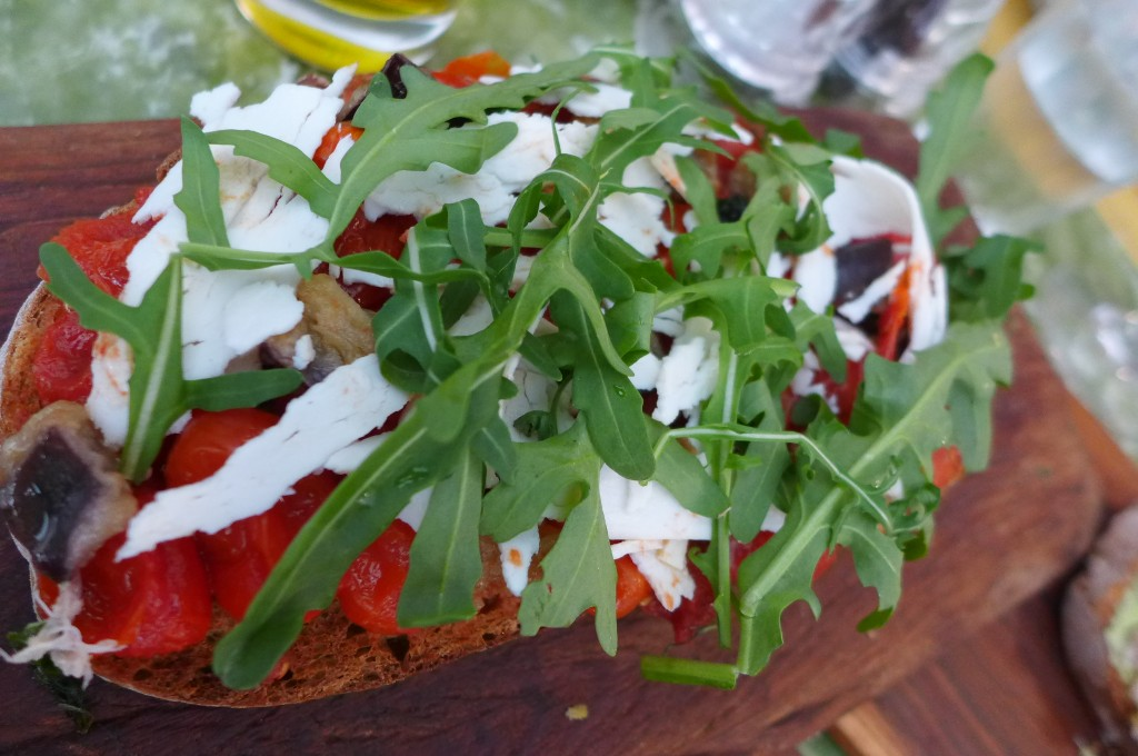 Bruschetta tomate et aubergine ©GP