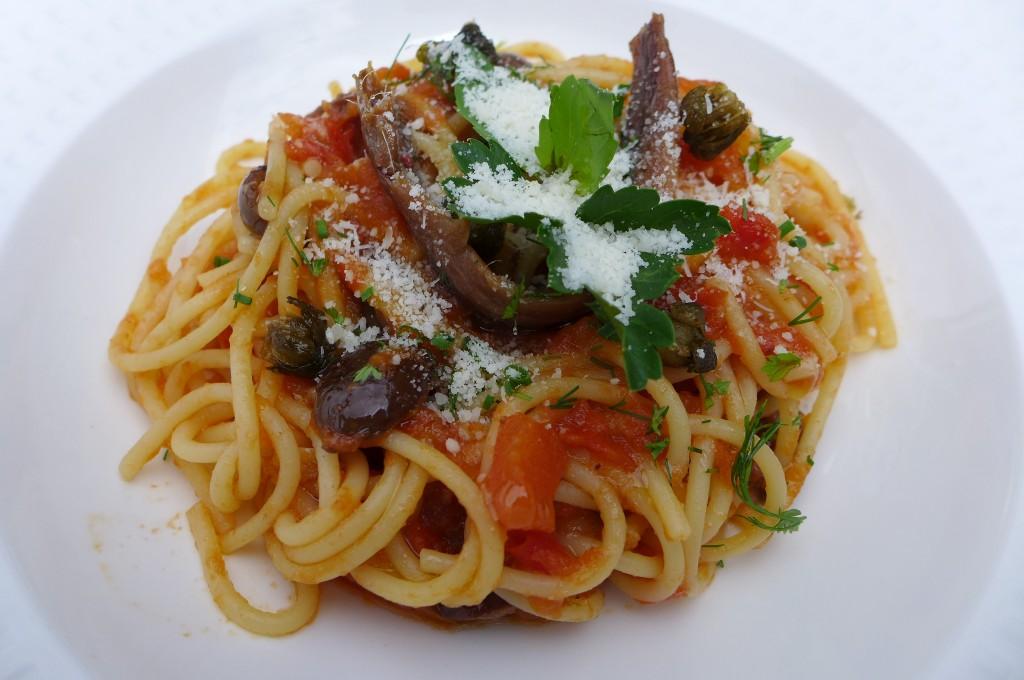 Spaghetti à la puttanesca © GP