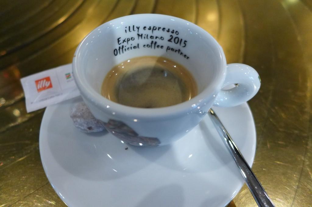 Café au bar © GP