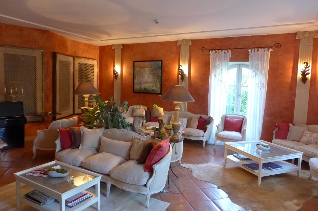 Un salon à la Bastide © GP