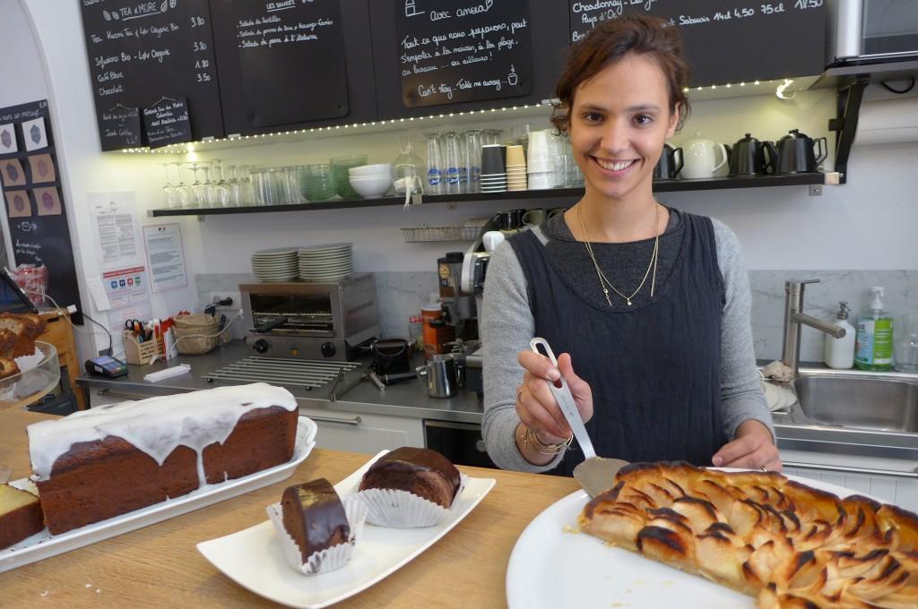 Céline et les gâteaux © GP