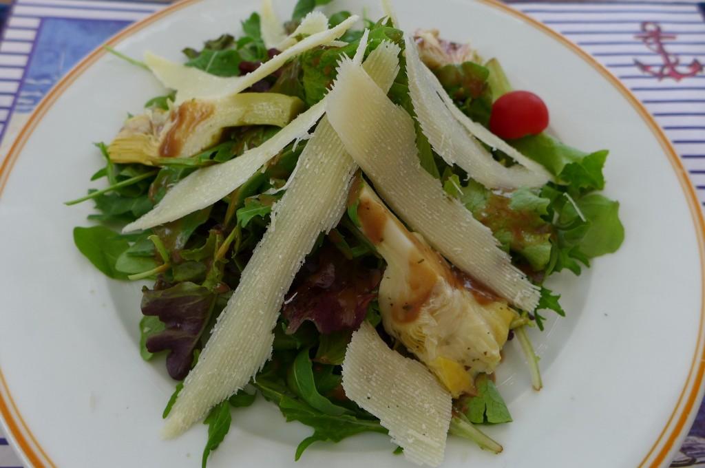 Salade de roquette, parmesan, artichaut © GP