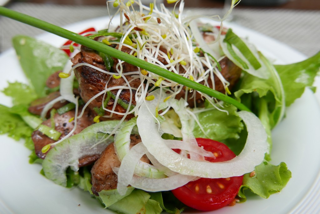 Salade de foies de volaille © GP