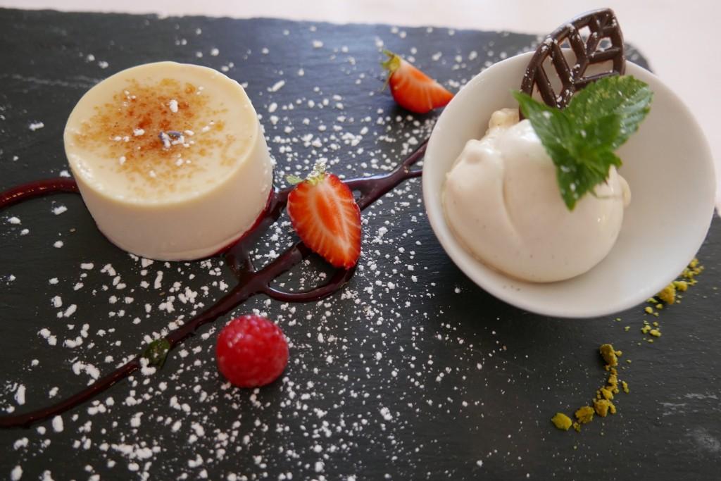 Panna cotta et glace vanille © GP