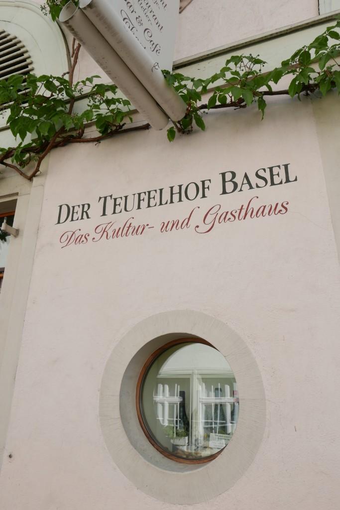 En façade © GP