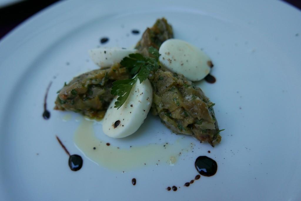Tartare d'aubergine et mozzarella © GP