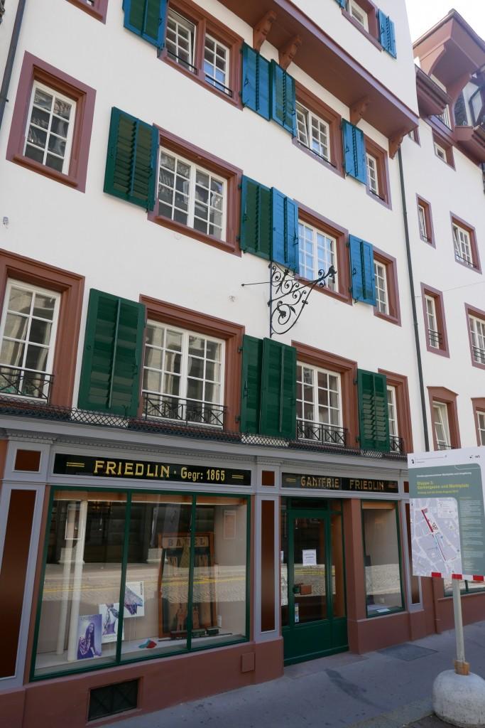 Une façade de la vieille ville © GP