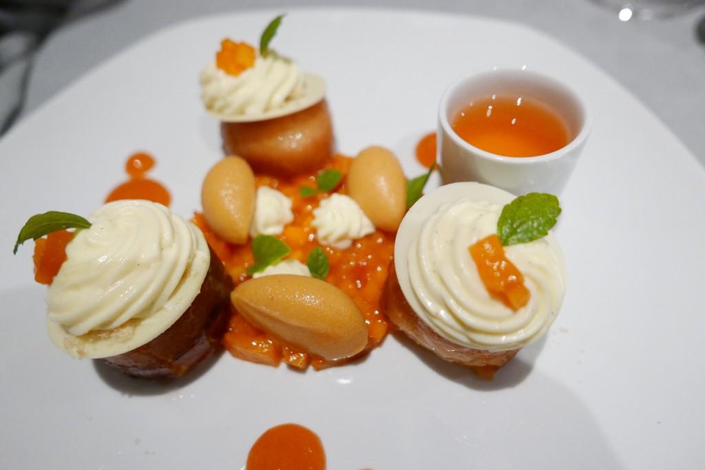 Baba aux abricots © GP