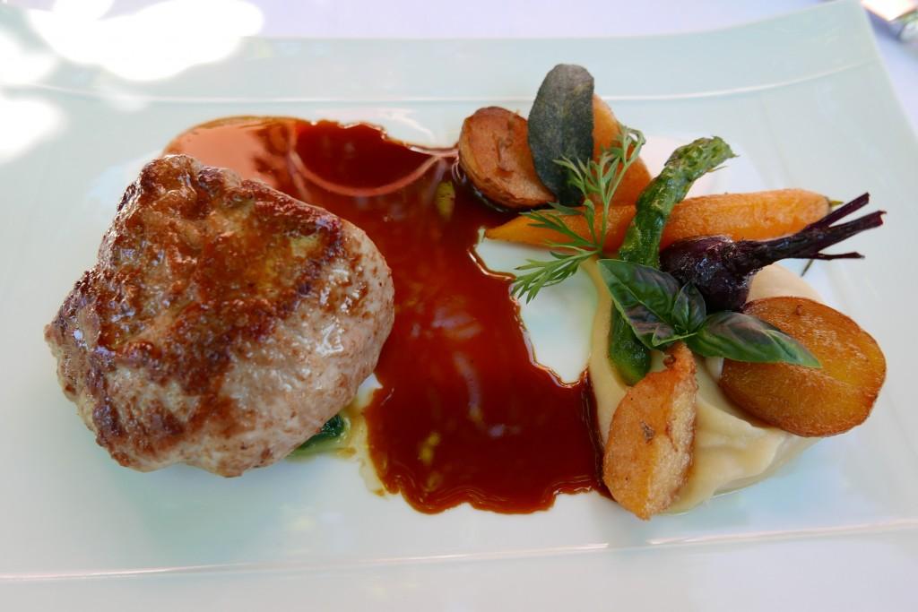 Quasi de veau et légumes bio © GP