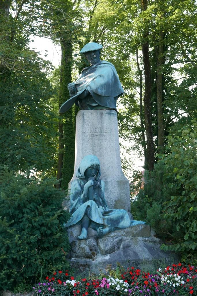 Statue de Jean-Jacques Henner à Bernwiller © GP