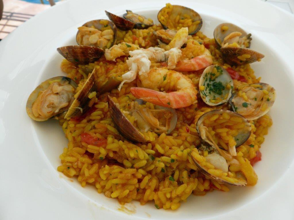 Paella de crustacés © AA