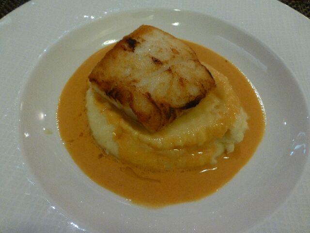 Dos de cabillaud sauce chorizo ©DC
