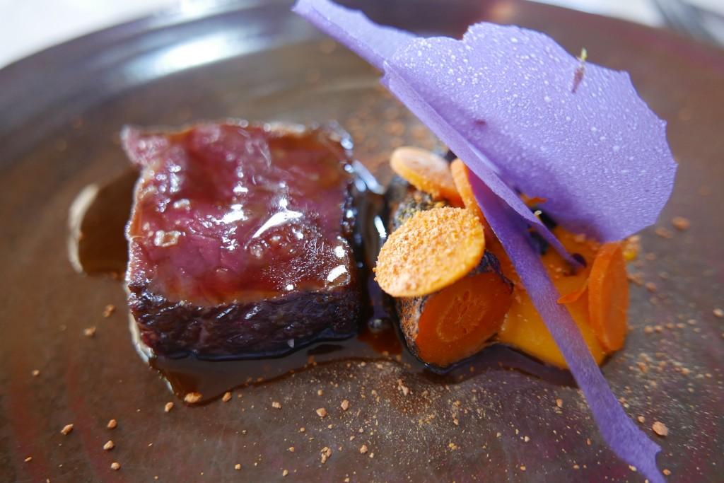 Faux filet de boeuf et carottes ©GP