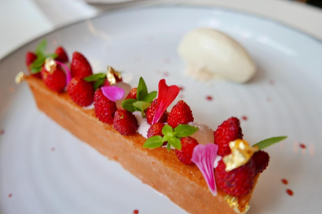 Arlette de fraises des bois © GP