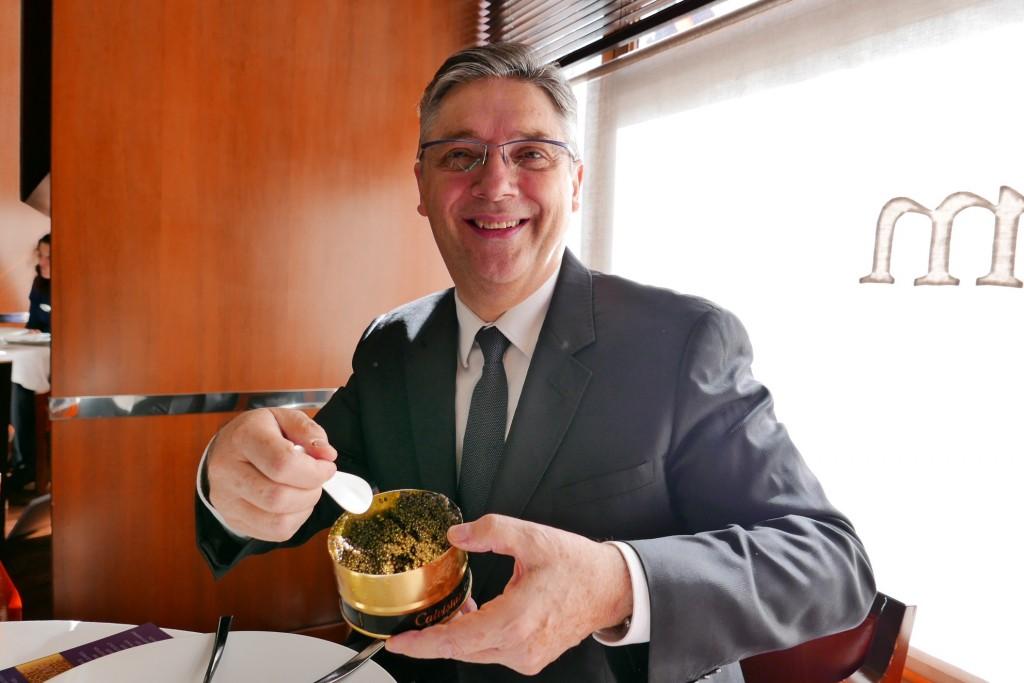 Massimo Mori et le caviar Calvisius © GP