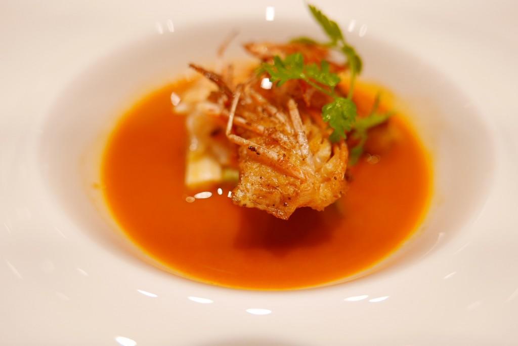 Crevettes grillés et bisque de homard © GP