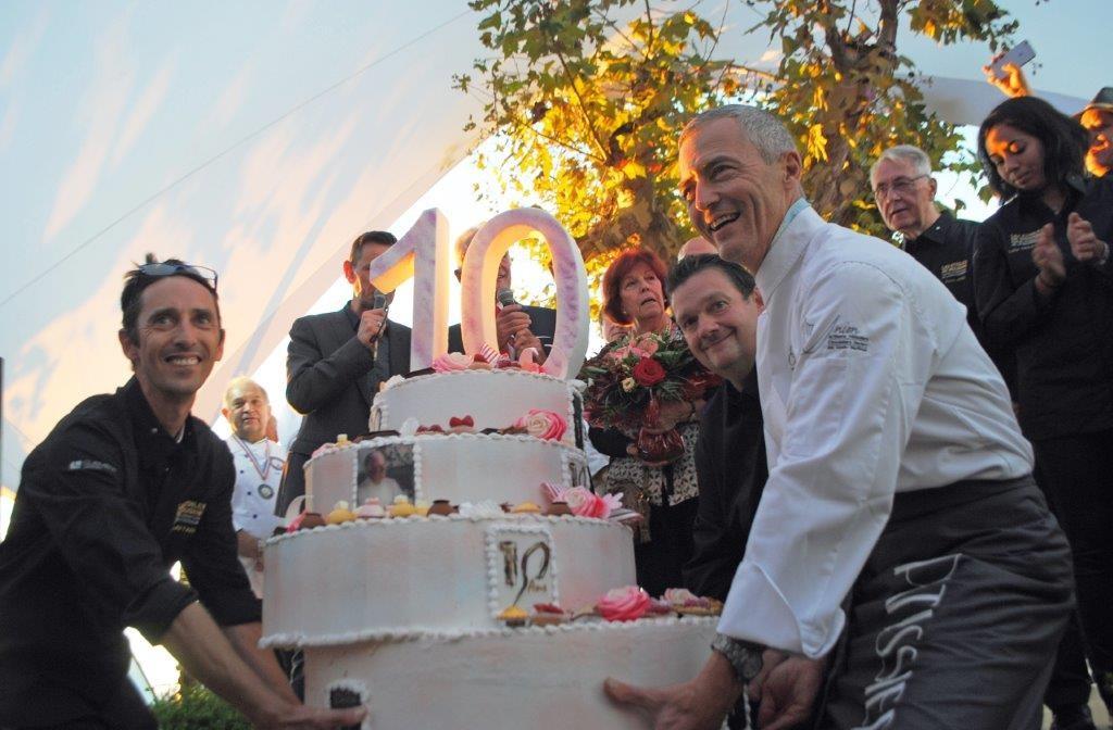 Le gâteau des 10 ans ©AA