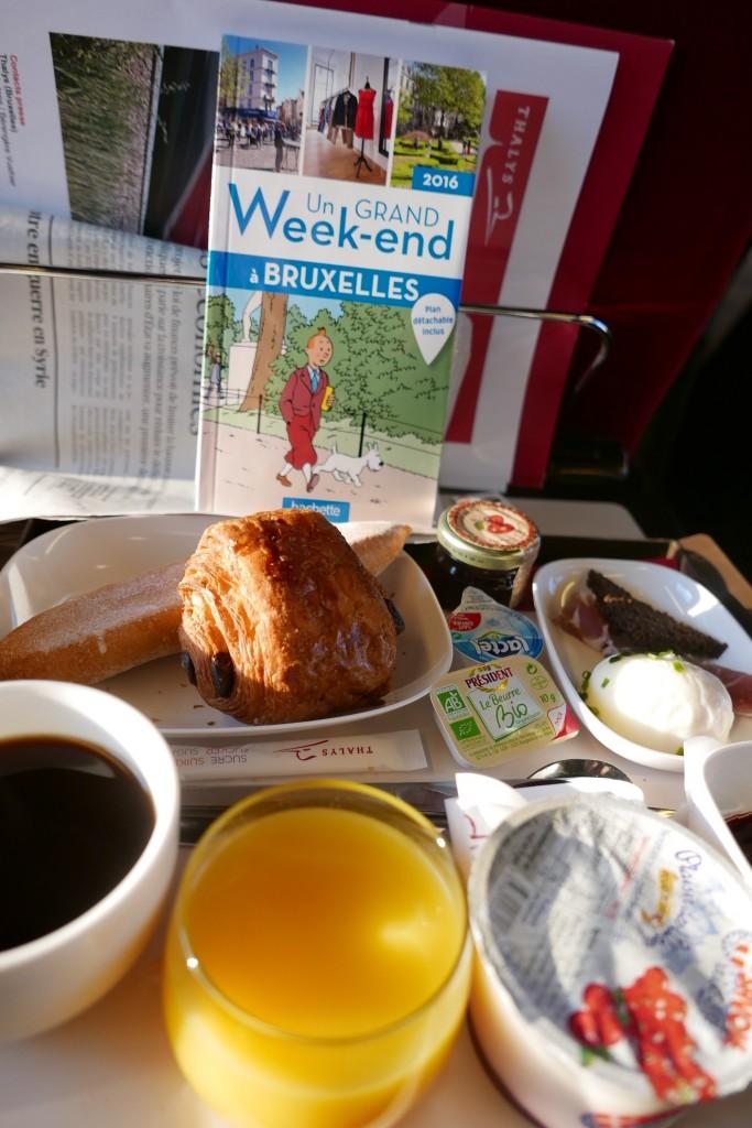 Petit déjeuner dans le Thalys © GP