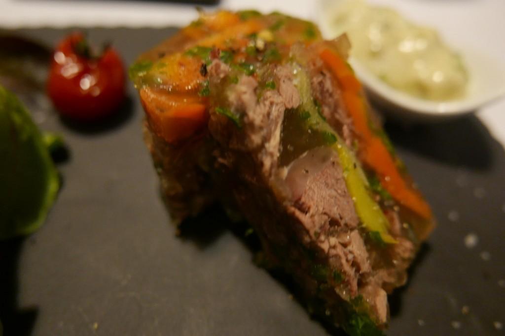 Terrine de boeuf mode sauce gribiche © GP