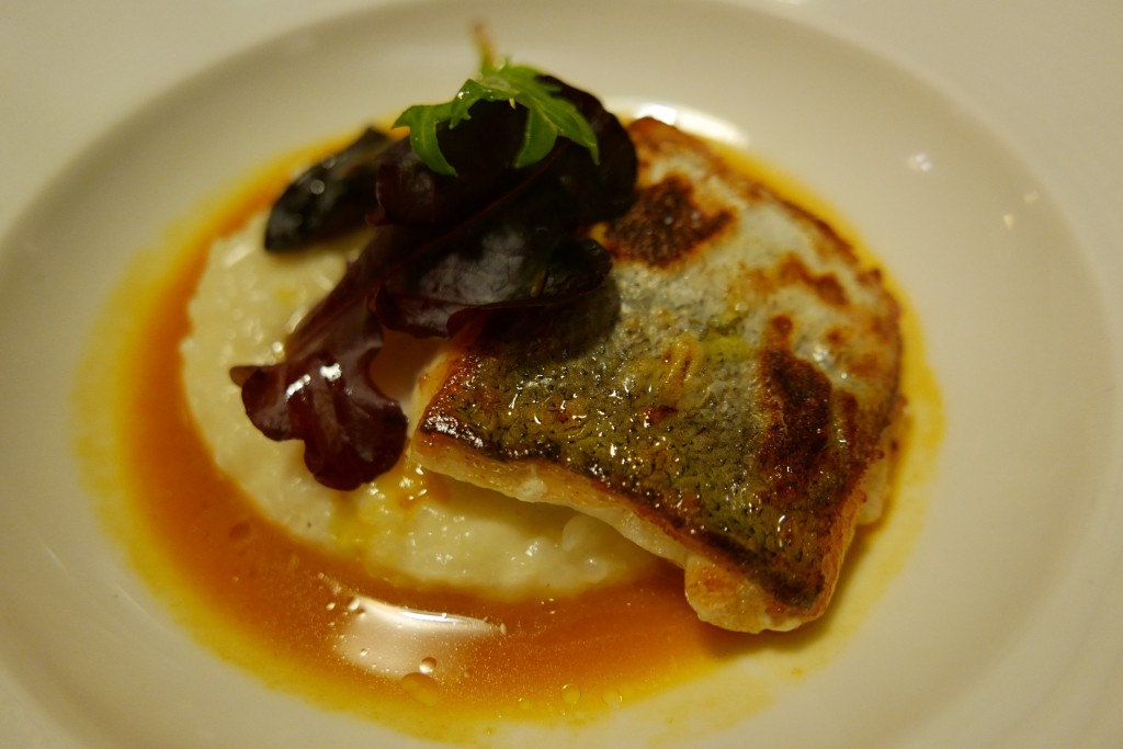 Merlu, risotto, jus de bouillabaisse © GP