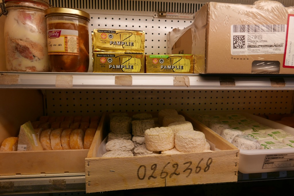 Fromages et beurre © GP