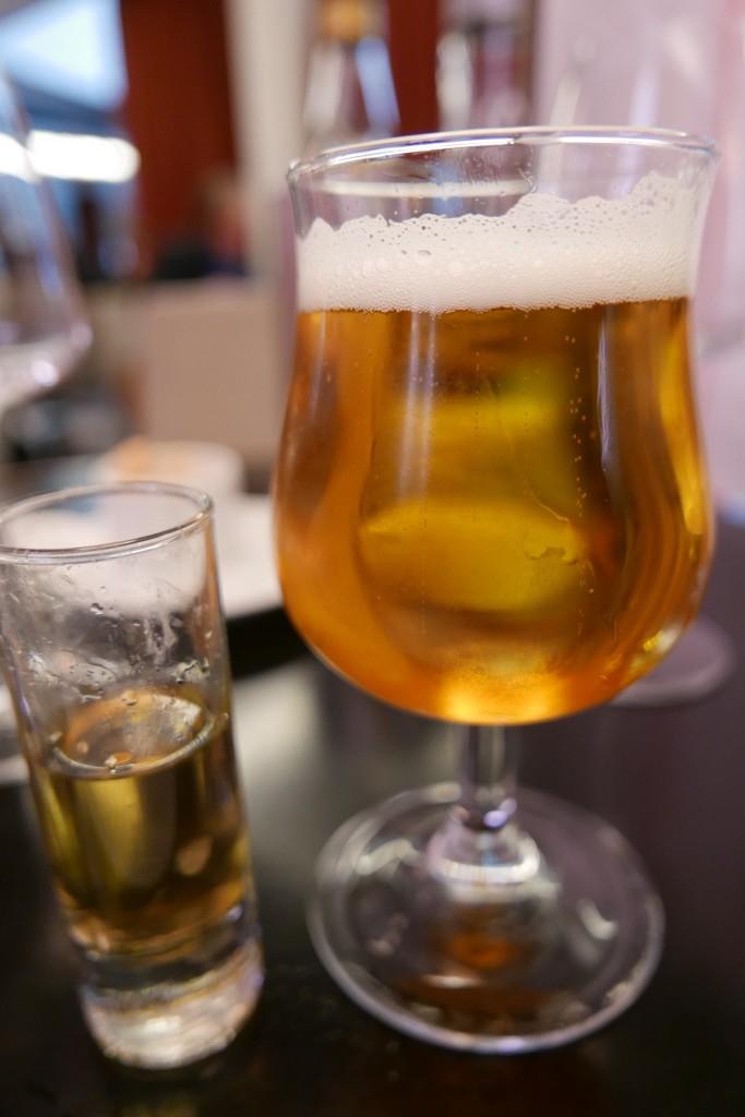 Aquavit et bière © GP
