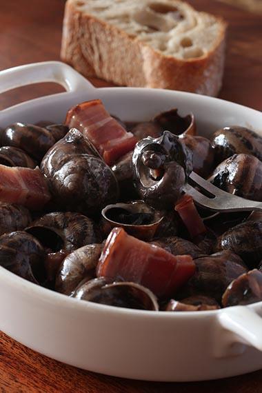 Escargots sauce aux lumas © Maurice Rougemont