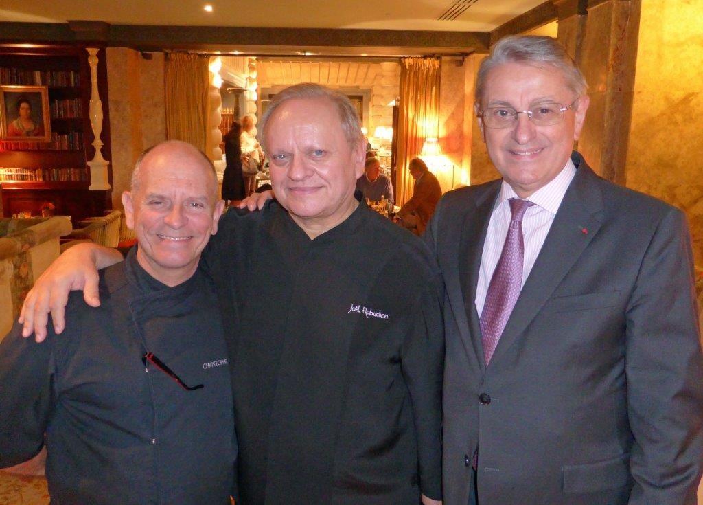 Christophe Cussac, Joël Robuchon et Pierre Ferchaud © AA